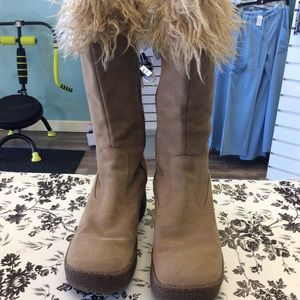 🔥Bongo Leather with Fur tan color size 8 1/2